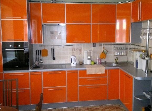 Новинка! Кухня в оранжевых цветах.